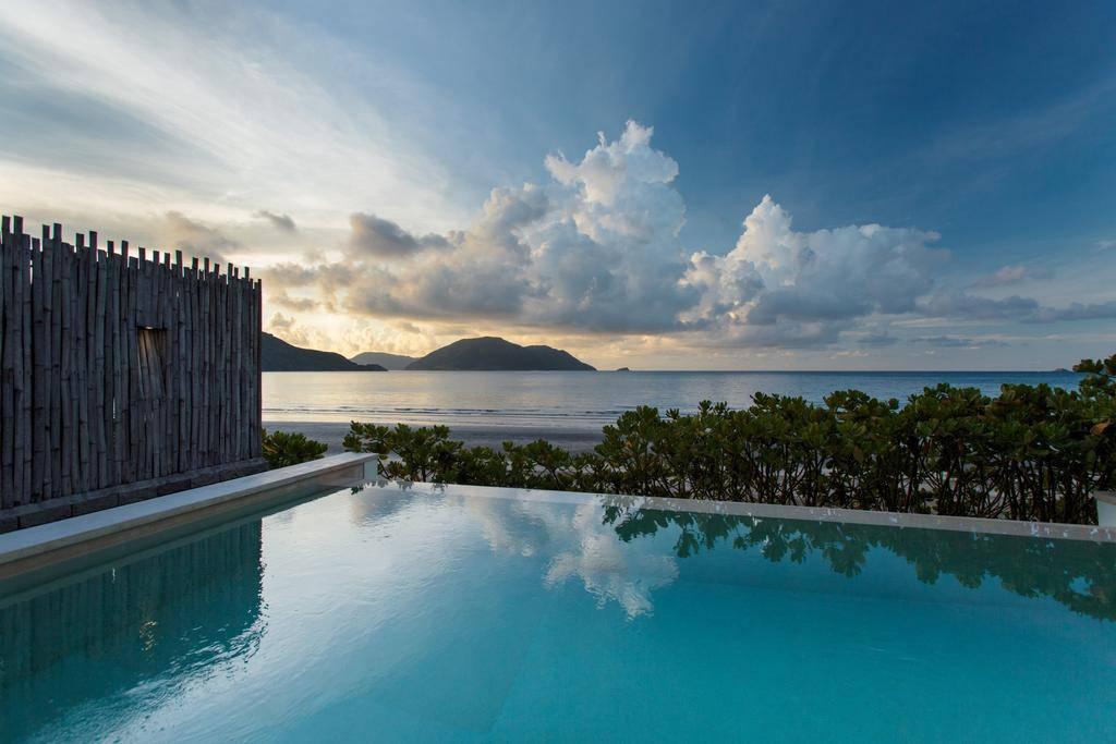 Hồ bơi tuyệt đẹp tại Six Sense Côn Đảo