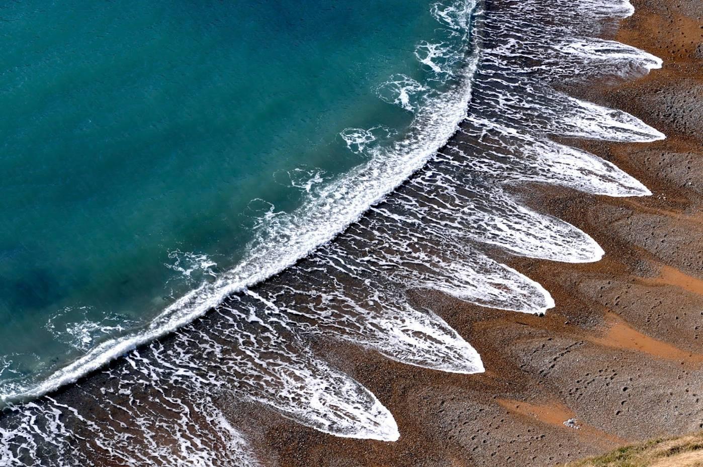 bí ẩn những con sóng anh
