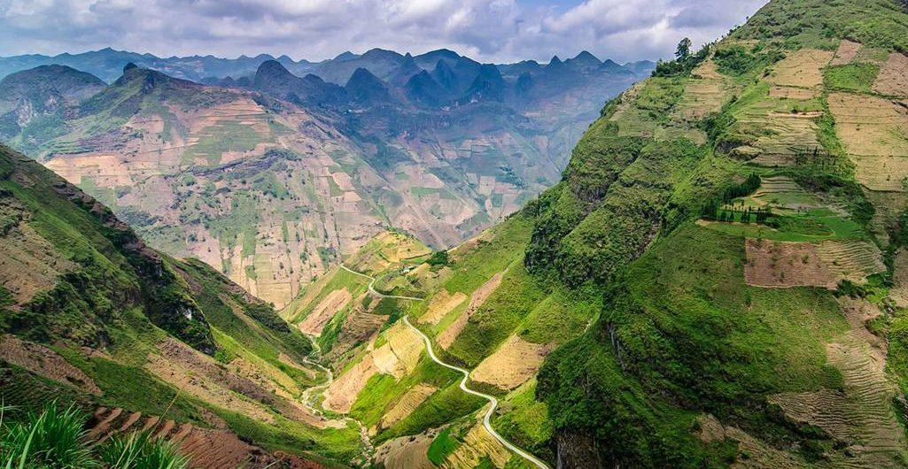 đường đèo hùng vĩ