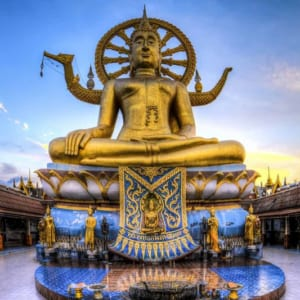 Tượng Phật vàng Wat Khao Phra Yai
