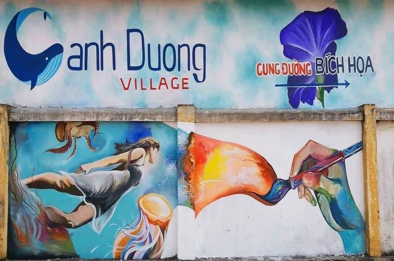 Sống ảo tại ngôi làng bích họa đẹp bất ngờ tại Quảng Bình
