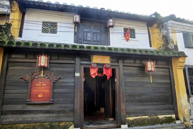 Nhà cổ Tấn Ký trải qua 200 năm vẫn giữ được nét nguyên vẹn