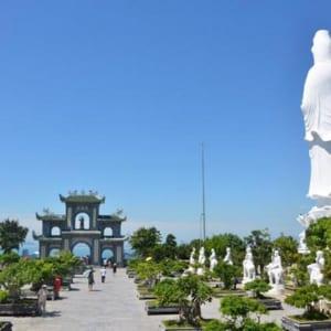 Chua-Linh-Ung-co-buc-tuong-Phat-Ba-lon-nhat-Viet-Nam