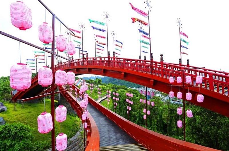 Check in cây cầu KOI độc đáo giữa lòng Hạ Long