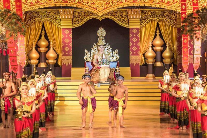 Du khách được tham dự những show diễn truyền thống của người Thái