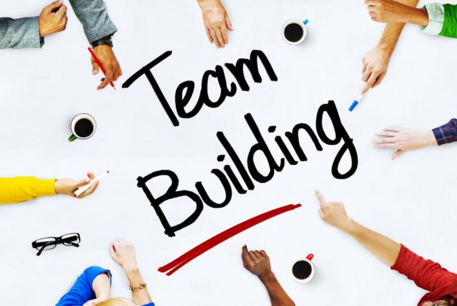 18-tro-choi-team-building-dac-sac-de-to-chuc-nhat
